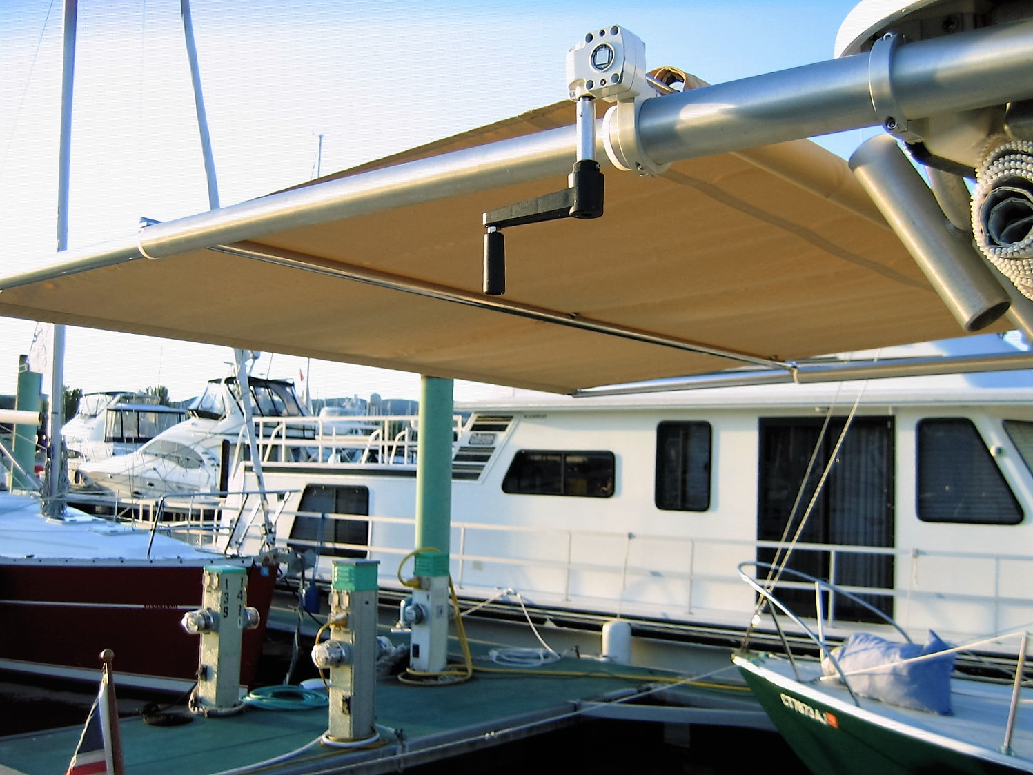 grady white walkaround cabins sureshade rh sureshade com 1998 grady white parts manual 1986 grady white manual