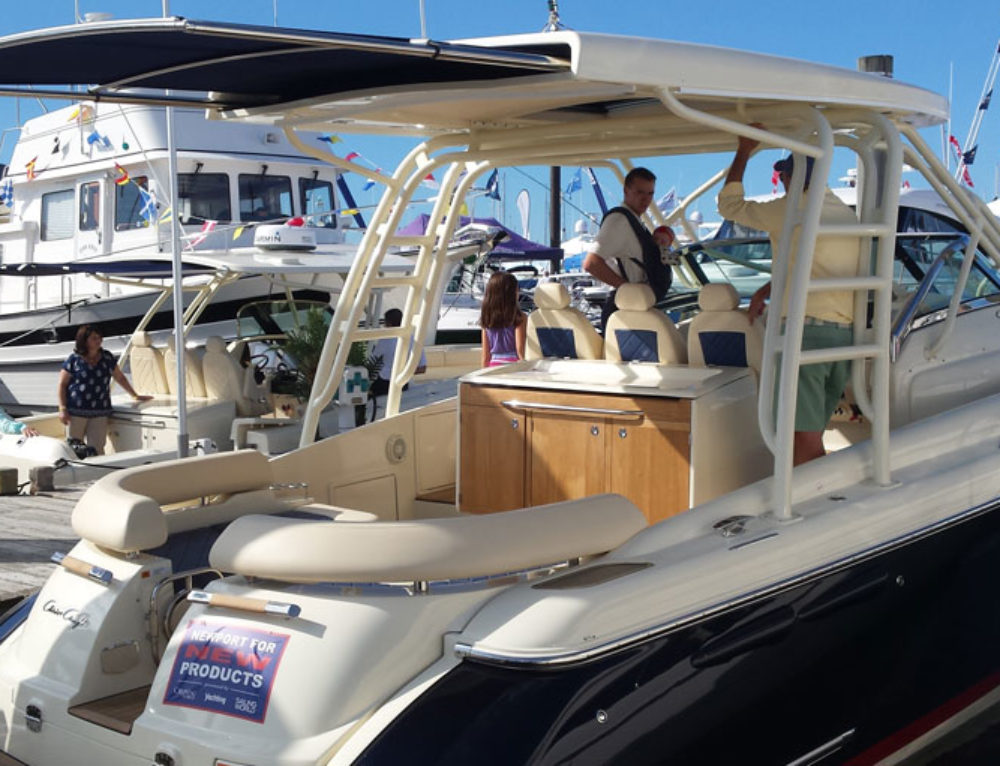 2016 Chris-Craft Launch 36 with Hardtop and Shade